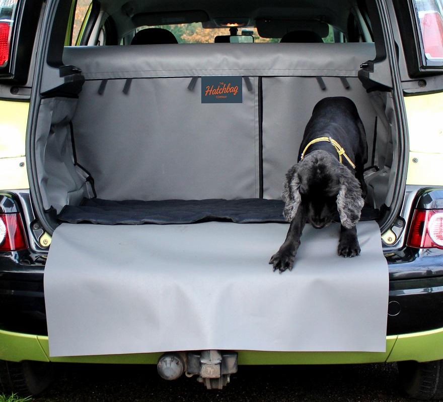 kofferbak bescherming met hond